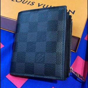 Louis Vuitton smart graphite wallet